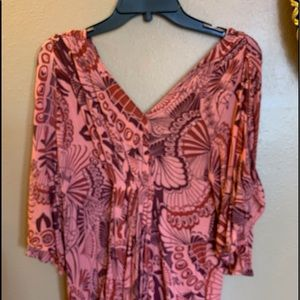 Free People Cut Out Arm Blouse - M fits like L